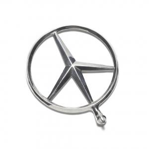 ©biis_T02-08-S_peace_insignia